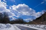 雪の金精道路