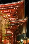 宝蔵門と吽形像