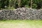 慶留間島の石垣